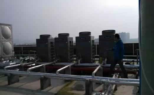 机组不定时出现E1高压保护、E4排气高温保护,实测电耗是标准值的3~4倍