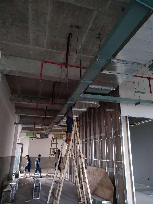 四川大型格力中央空调工地项目工作中
