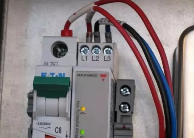 """成都格力空调维修之风管机和天井机手操器或者面板报""""dj"""""""