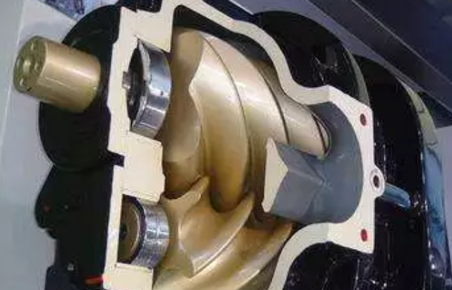 应该何时更换润滑油才能保证压缩机之正常运转,可依下列几种方法