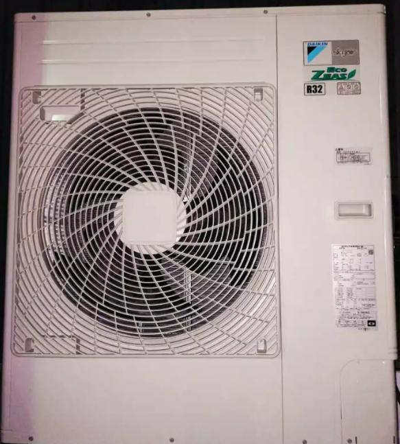 小型家用空调都在使用R410a和R32冷媒生产。