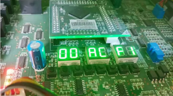 """格力五代多联机显示""""F1""""代码,是什么故障?"""